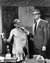 Steve Allen and Professor Julius Sumner Miller make a point the hard way - The Steve Allen Show